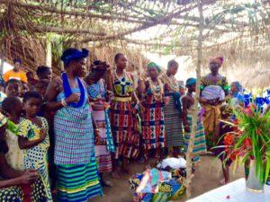 Fest im Dorf Evu Dogulo